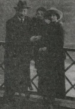 Дзержинский с семьей в Швейцарии во время командировки
