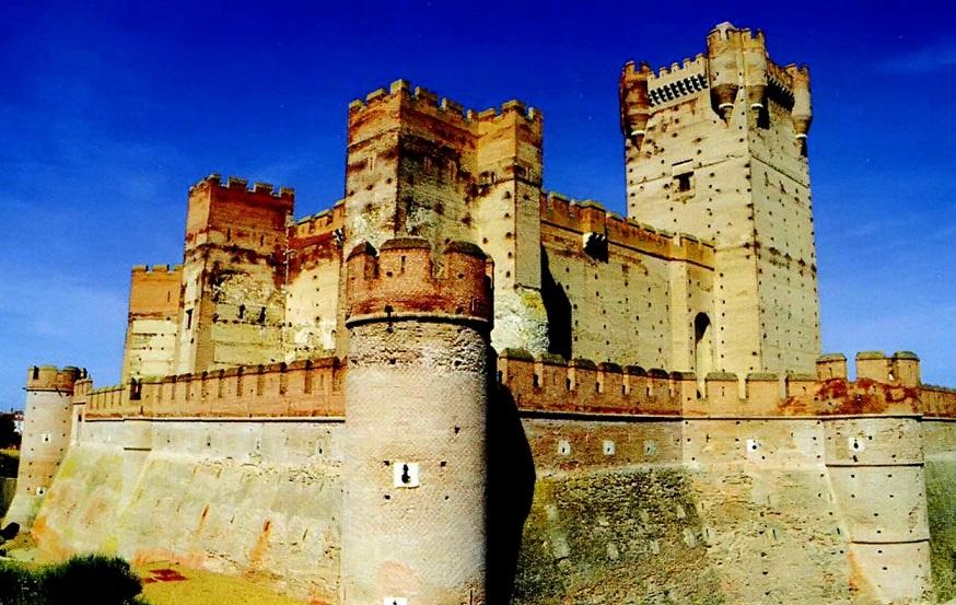 замок ла-Мотт