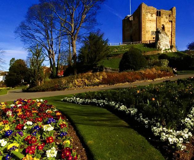 замок Гилфорд