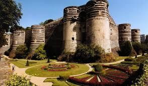 замок Анжу